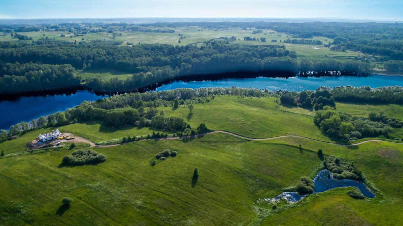 Osada nad jeziorem Kiersztanowskim